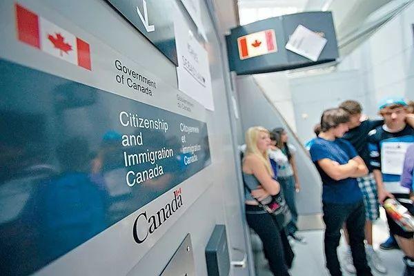 [新聞] 加拿大移民部最新數據:與加拿大人結婚的中國公民移民申請拒簽率高達12%